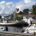 Kleiner Hafen mit Booten