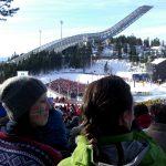 Publikum an Skisprungschanze